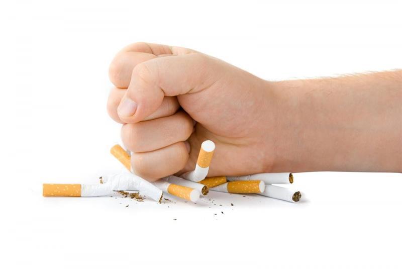 Ataques de sufocação fumantes deixados